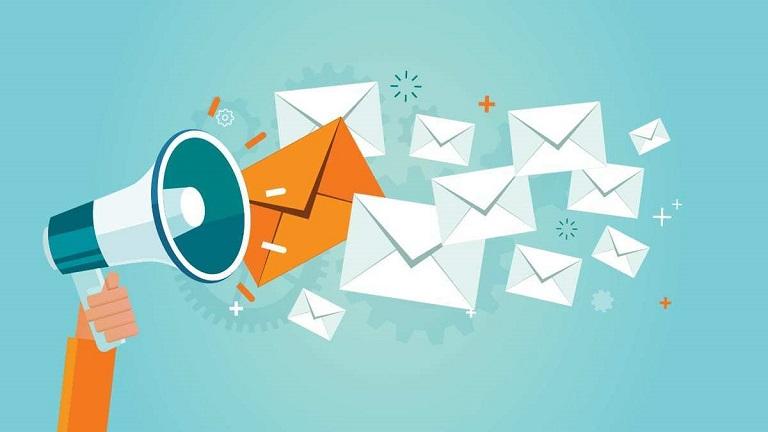 هاست ایمیل چیست